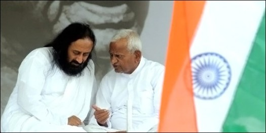 Sri Sri and Annaji at the IAC movement!